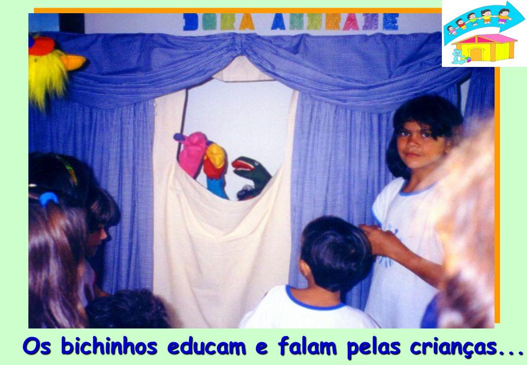 Na CIDADE DA CRIANÇA todo dia tem... Teatrinho de Fantoches no Teatro Dora Andrade...