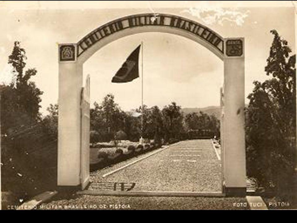 Depois da breve passagem por Pisa, me dirigi para a cidade de Pistoia, onde foram enterrados os corpos de 443 dos 465 militares brasileiros mortos na