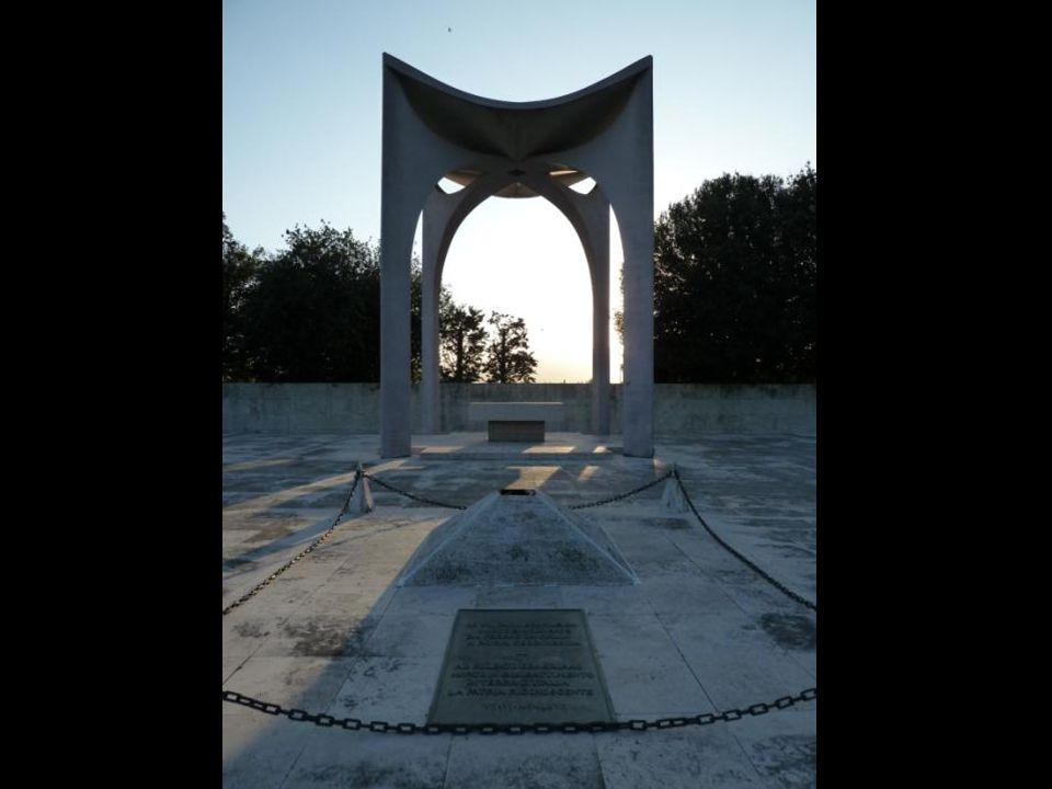 Após o translado dos restos mortais dos heróis brasileiros para o Monumento Nacional aos Mortos da II Guerra Mundial, no Aterro do Flamengo, o Cemitér