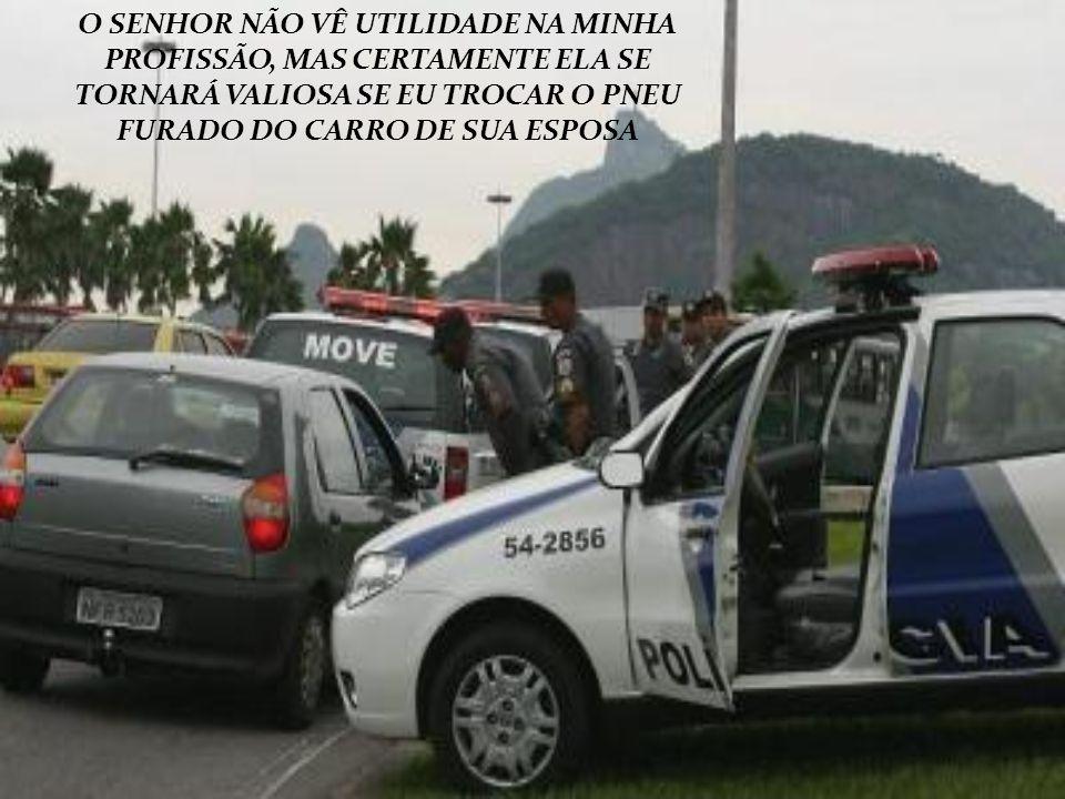 O SENHOR BRADA: É PRECISO FAZER ALGO PARA COMBATER O CRIME, MAS FICA FURIOSO SE É ENVOLVIDO EM UM PROCESSO.
