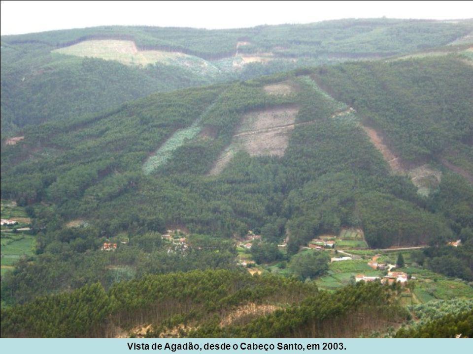 Vista de Agadão, desde o Cabeço Santo, em 2003.