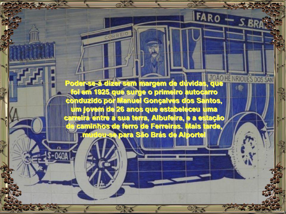 """Também, em muitas Vilas e Aldeias do interior do """"nosso"""" Algarve, a azulejaria espelha de forma realista os meios de transportes utilizados e fins a q"""
