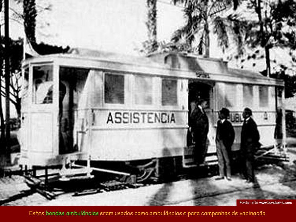 O Taioba era um bonde de segunda classe que, além de carga, também podia carregar passageiros.