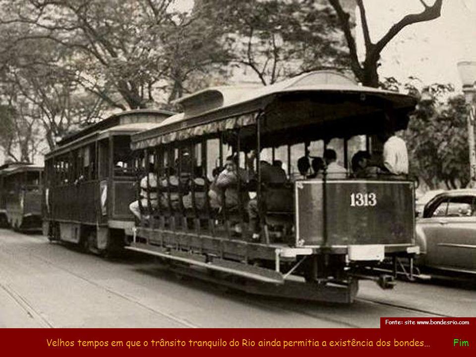 As linhas de bondes começaram gradativamente a serem desativadas no Rio em 1960, sendo aos poucos substituídas pelos trolleys. Na Zona Sul, este encer