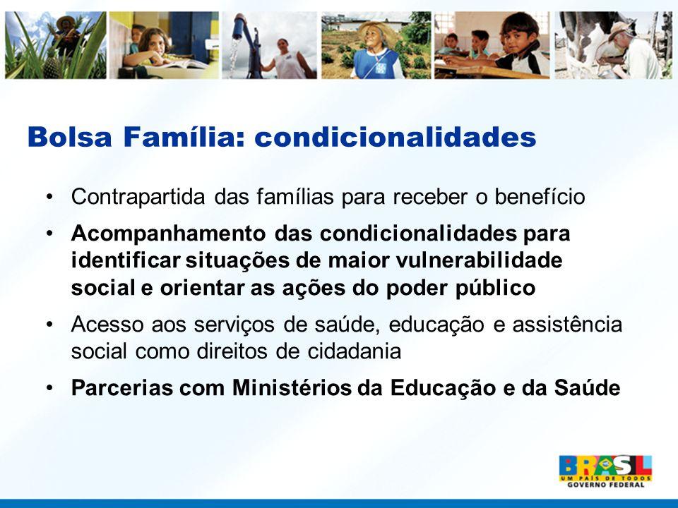 PAA •No Paraná, de janeiro a julho de 2007, o PAA investiu R$ 12,5 milhões na compra da produção de 21,7 mil agricultores, beneficiando 844,7 mil consumidores
