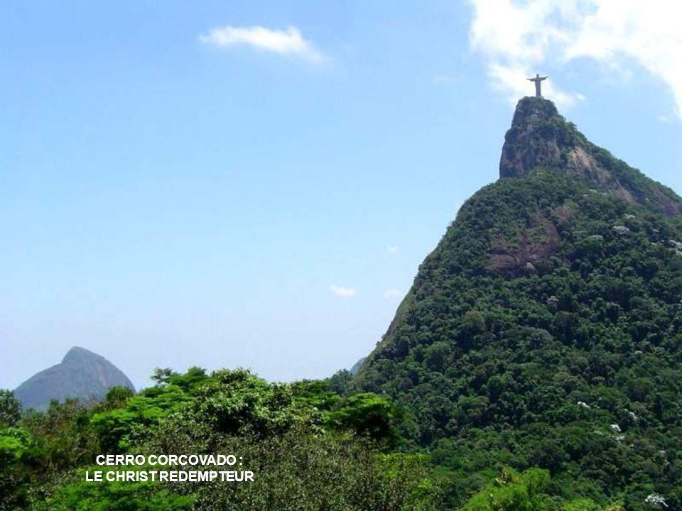 CERRO CORCOVADO : LE CHRIST REDEMPTEUR