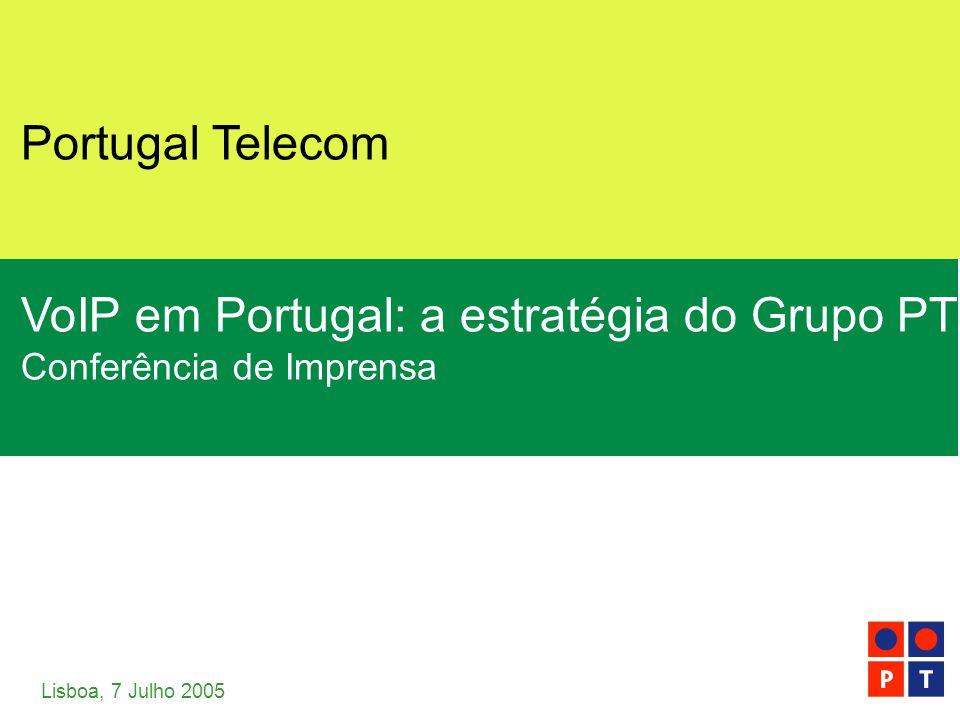 [ 2 ] Portugal Telecom Julho 2005 Vídeo, Voz e Dados… on the move VIDEODADOSVOZMOBILIDADE BANDA LARGA Entretenimento Internet Telecomunicações Mobilidade  1.5 milhões de clientes  40% dos lares portugueses  800 mil clientes  20% dos lares portugueses  3 milhões de clientes  60% dos lares portugueses  Ligação automática ao WiFi para 800 mil clientes  UMTS lançado Receitas 04: €500mReceitas 04: €200mReceitas 04: €1bnReceitas 04: na Cabo / SatéliteCabo / ADSLPSTNUMTS / WiFi