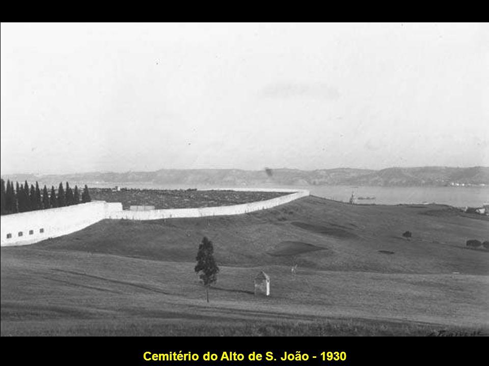 Cemitério do Alto de S. João - 1930