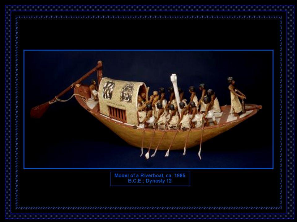 A escultura egípcia obedecia a uma orientação predominantemente religiosa.