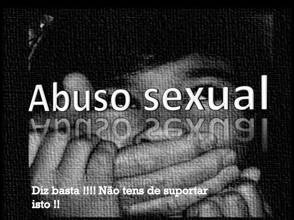 Índice • O que é o abuso sexual?____________pag.3 • Como acontece geralmente ______ pag.4 • Tipos de Violadores________________pag.5 • Perigos do abuso sexual_________pags.6,7,8 • Tipos de violação__________________pag.9