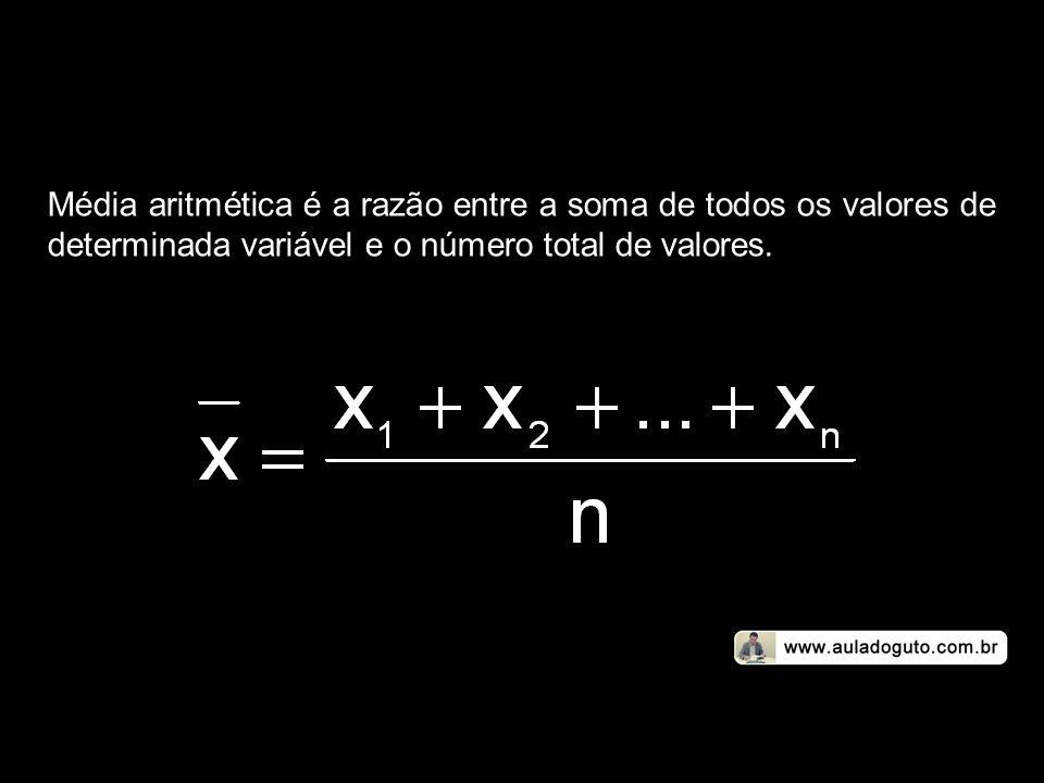 Dado um conjunto de n valores X 1, X 2, X 3,..., X n, a média geométrica desses valores é dada por: