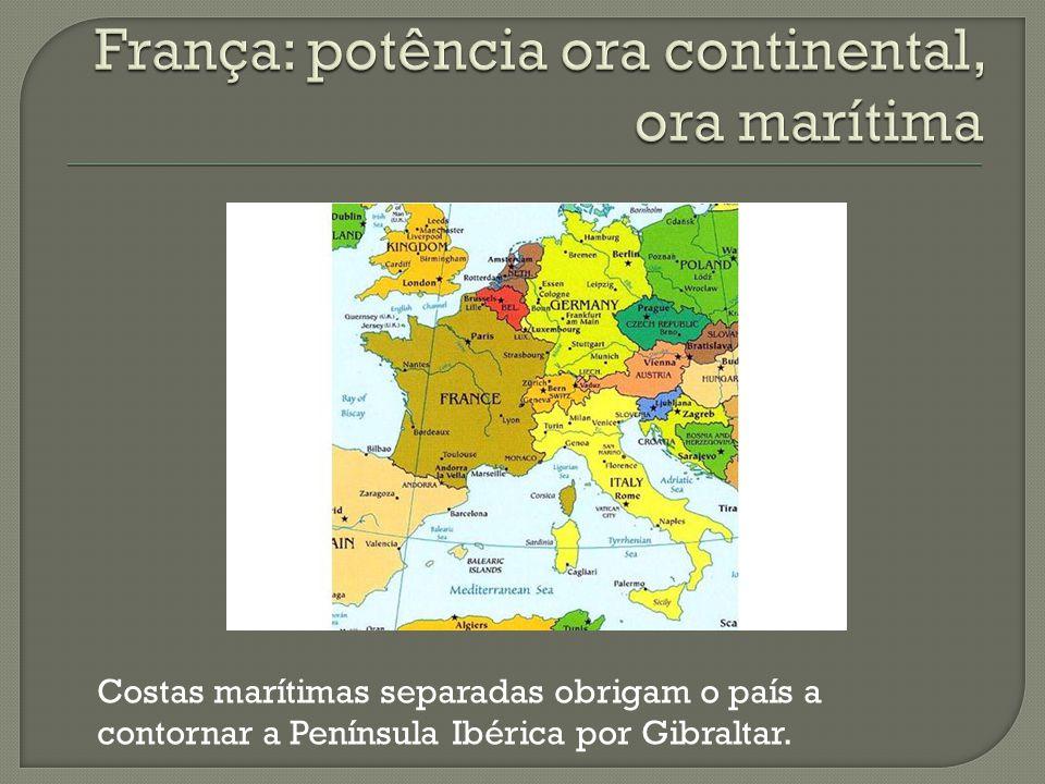 Costas marítimas separadas obrigam o país a contornar a Península Ibérica por Gibraltar.