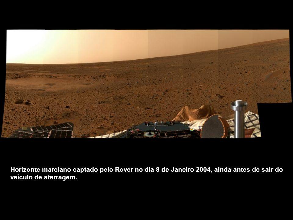 Imagem 3D captada pela câmera de navegação do Rover, que mostra o terreno marciano circundante a partir do veículo de aterragem.