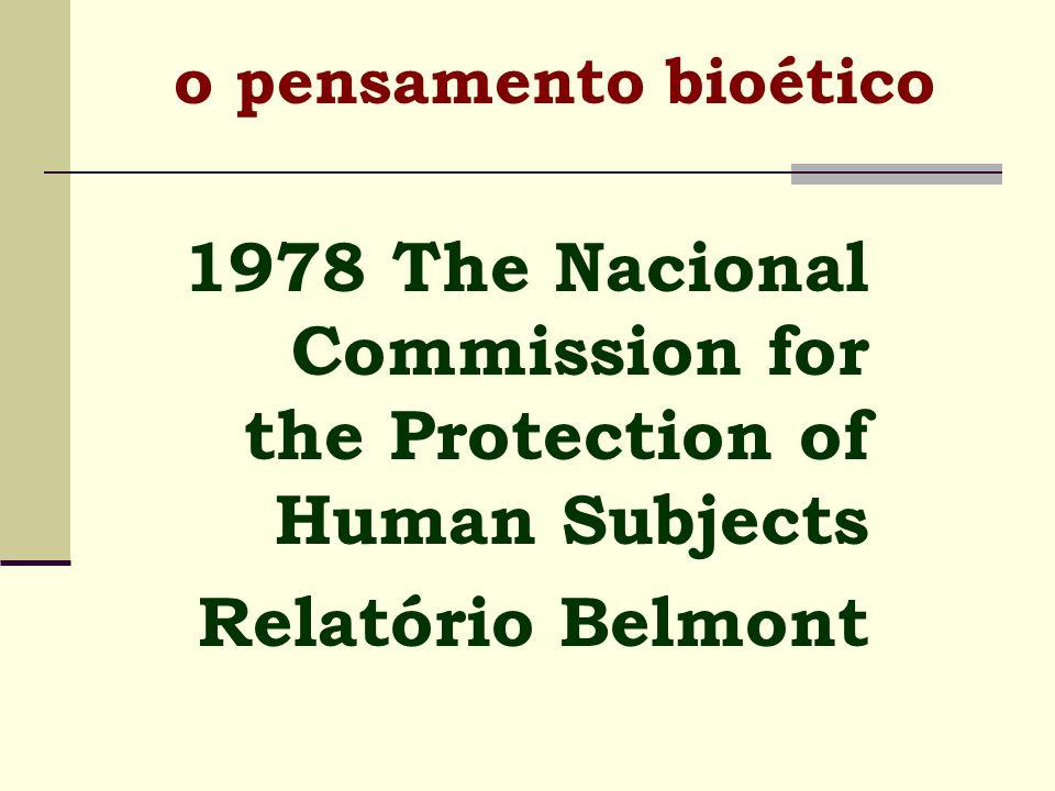 estudo sistemático da conduta humana, na área das ciências da vida e dos cuidados de saúde, quando se examina esse comportamento à luz dos valores e dos princípios morais .