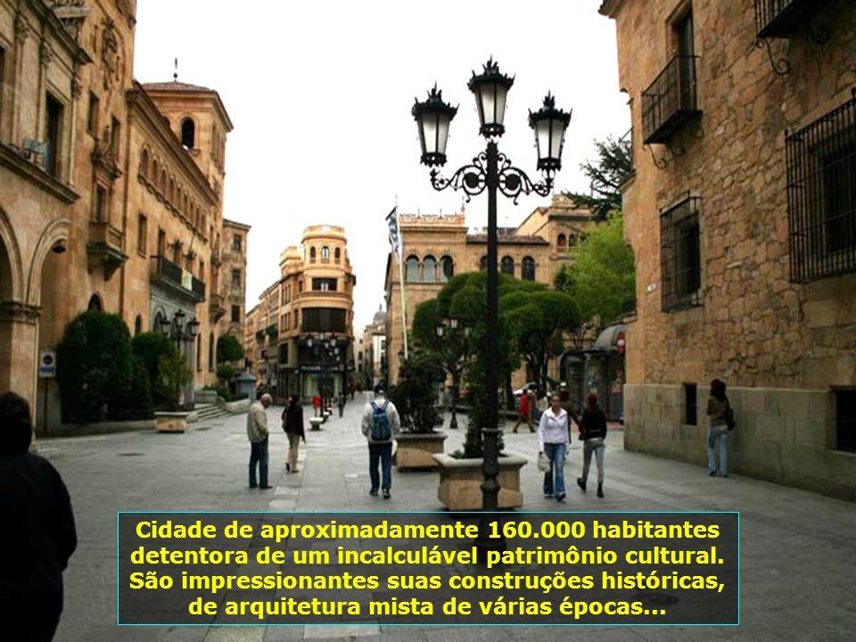 Cidade de aproximadamente 160.000 habitantes detentora de um incalculável patrimônio cultural.