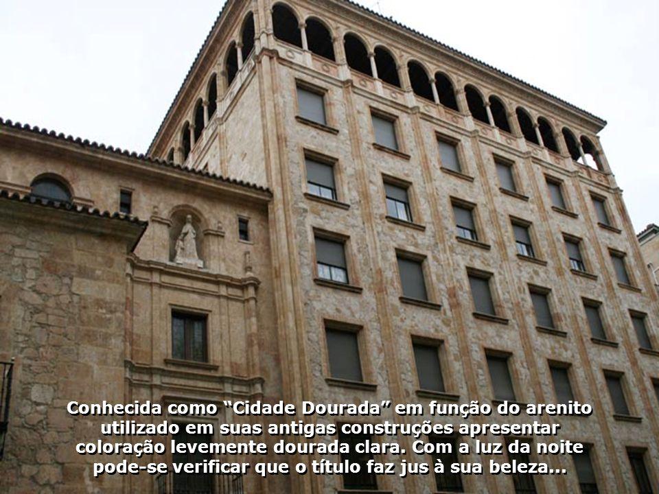 Conhecida como Cidade Dourada em função do arenito utilizado em suas antigas construções apresentar coloração levemente dourada clara.