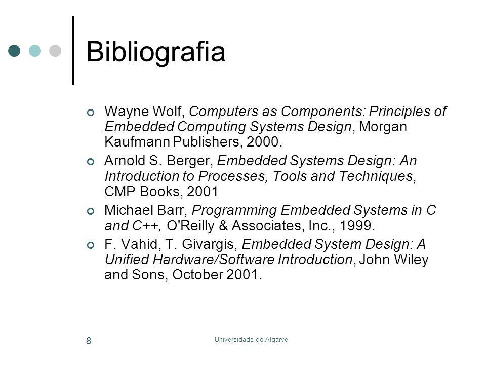 Universidade do Algarve 9 Requisitos Domínio dos conceitos de arquitectura de computadores (assembly) Programação em linguagem C