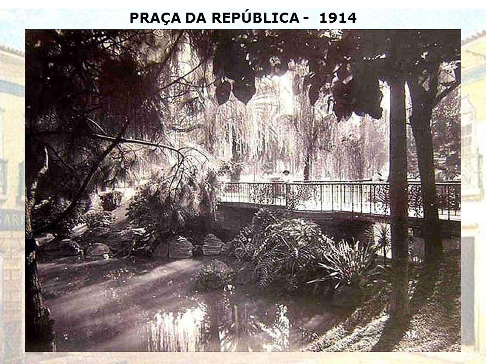 RUA DA BOA MORTE (Atual RUA DO CARMO) – 1910 (Antigo caminho dos escravos para o suplício)