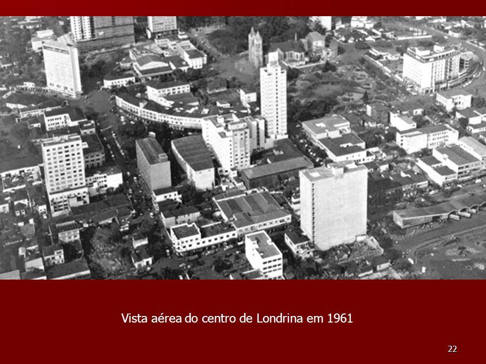 22 Vista aérea do centro de Londrina em 1961