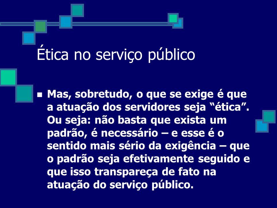 Do patrimonialismo à gestão pública de excelência •Do Serviço à Burocracia •Ao Serviço ao Cidadão