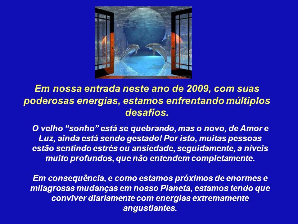 A mensagem é sair da Matrix Escura em que está submerso o planeta. Muitos estão SUBMERSOS no Sistema escravizante do cosmos Físico.