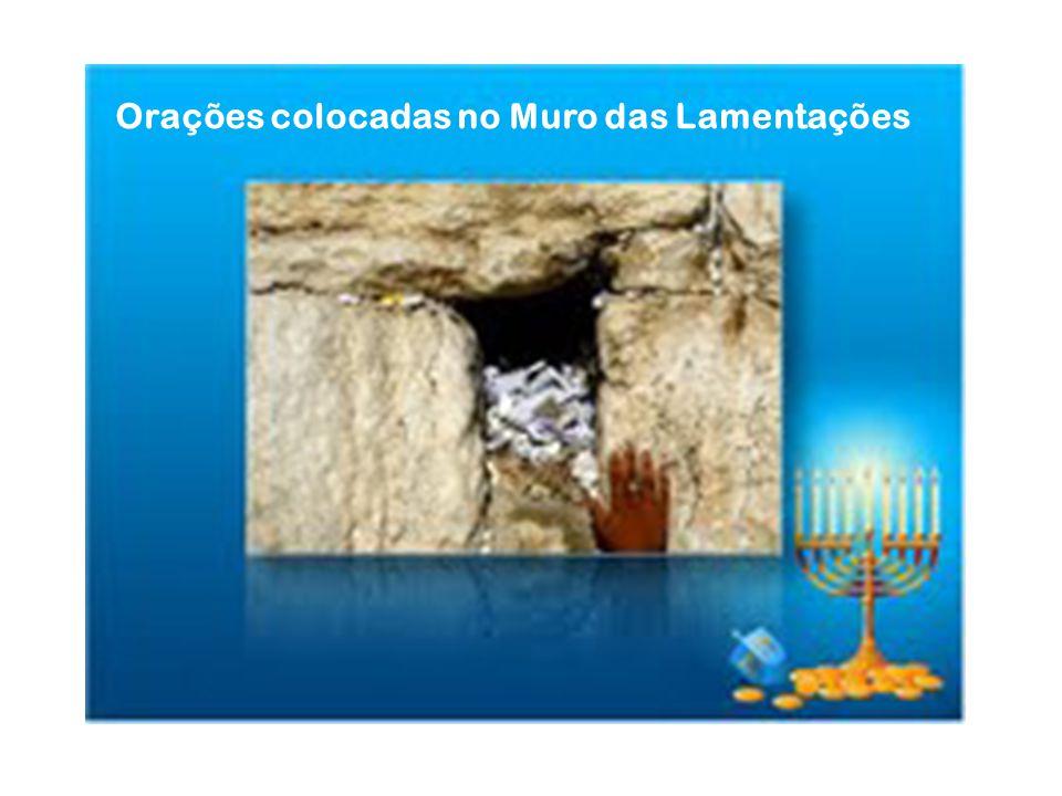 Orações colocadas no Muro das Lamentações