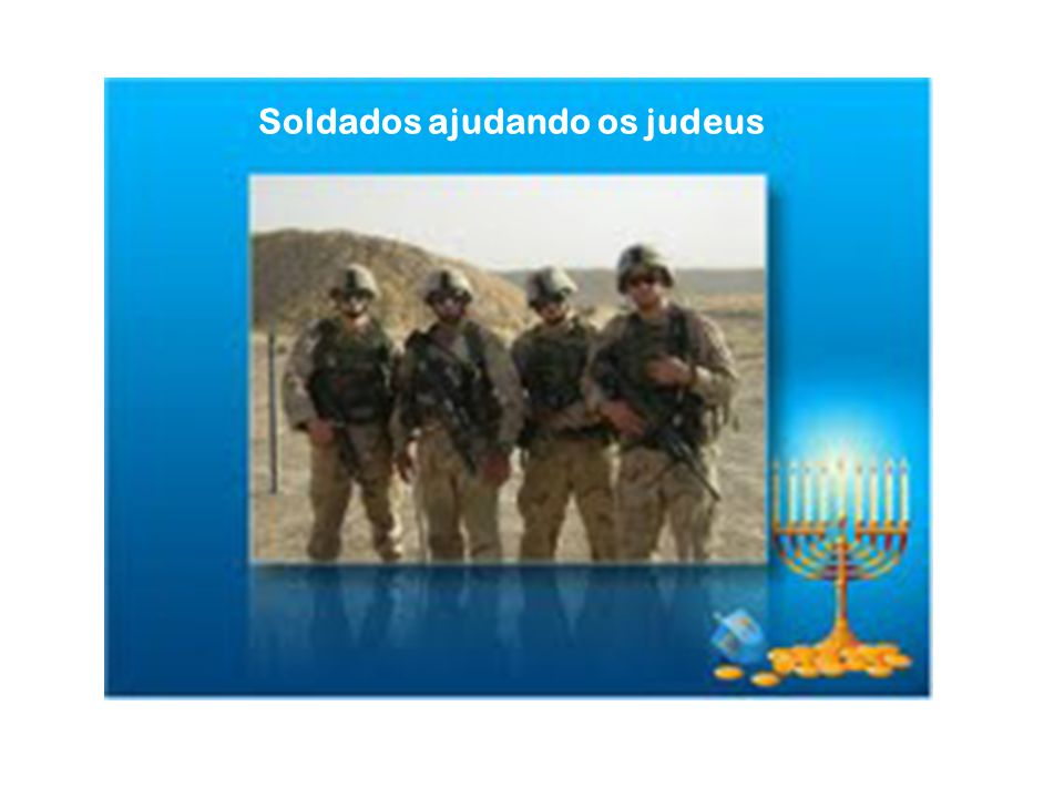 Soldados ajudando os judeus