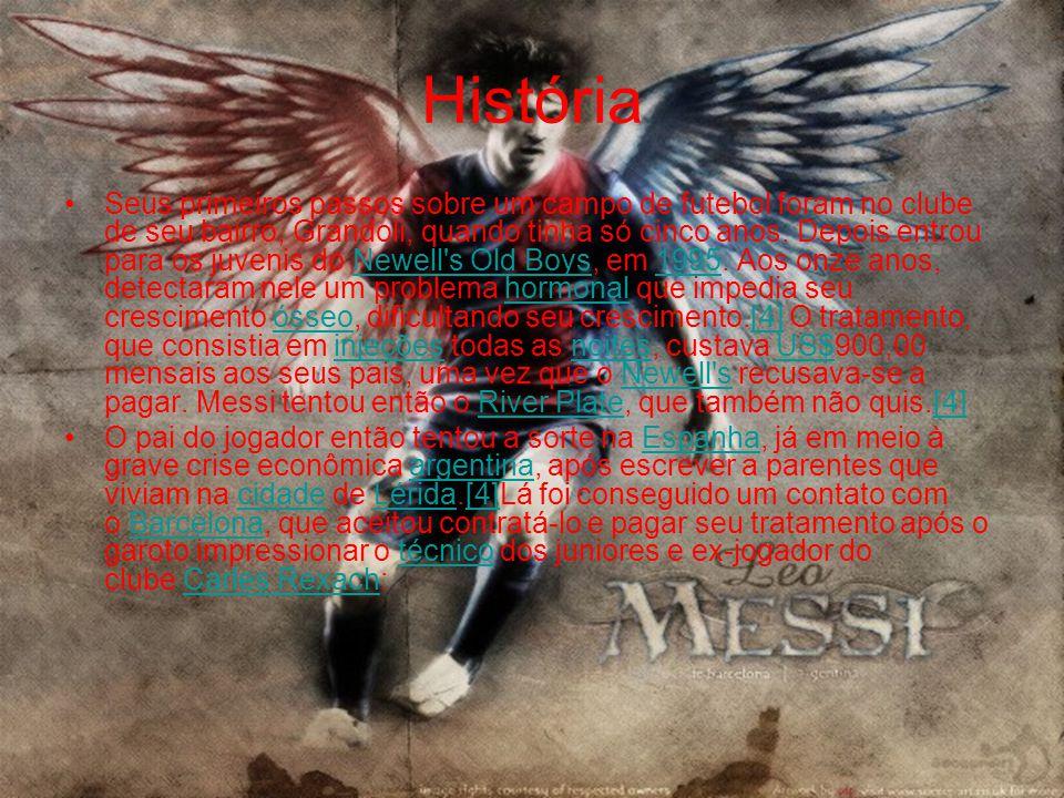 •Os elogios de Rexach eram verídicos, pois, após passar por todas as categorias de base do Barcelona e atuar em apenas cinco partidas pelo Barcelona B, Leo Messi foi integrado ao time principal na temporada 2003-2004, com apenas dezesseis anos, debutando em um amistoso contra o Porto, na inauguração do Estádio do Dragão.