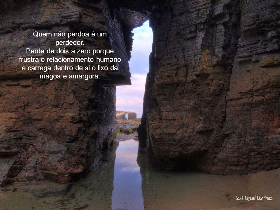 Formatação: claudiaroma@terra.com.br claudiaroma@terra.com.br http://claudiaroma.blogspot.com/