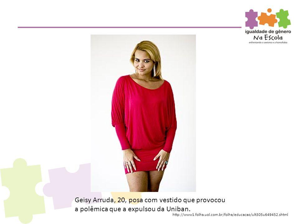 Geisy Arruda, 20, posa com vestido que provocou a polêmica que a expulsou da Uniban. http://www1.folha.uol.com.br/folha/educacao/ult305u649452.shtml
