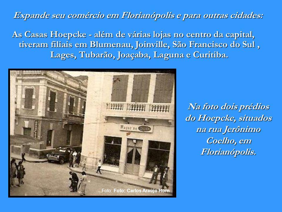 Conjunto de edificações Hoepcke em Florianópolis - Data estimada: início do século XX. 1884 1885 Assume definitivamente o consulado da Alemanha em Flo