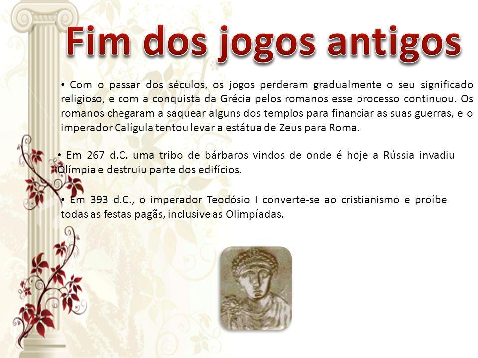 • Em 393 d.C., o imperador Teodósio I converte-se ao cristianismo e proíbe todas as festas pagãs, inclusive as Olimpíadas. • Com o passar dos séculos,