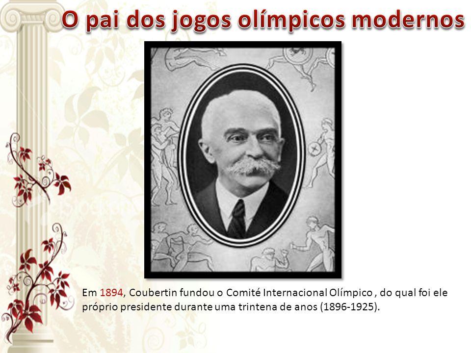 Em 1894, Coubertin fundou o Comité Internacional Olímpico, do qual foi ele próprio presidente durante uma trintena de anos (1896-1925).