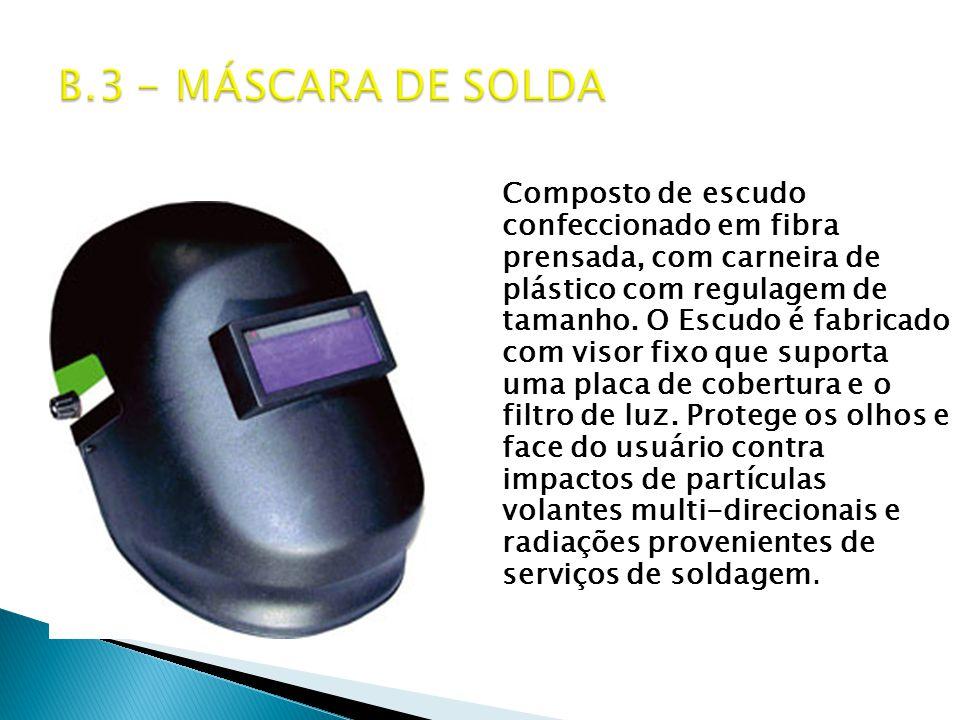 Composto de escudo confeccionado em fibra prensada, com carneira de plástico com regulagem de tamanho.