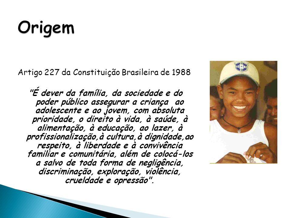 6 ESTATUTO DA CRIANÇA E DO ADOLESCENTE O ECA, ou Lei 8.069 de 1990, é um conjunto de normas jurídicas que complementa o artigo 227 da Constituição Brasileira.