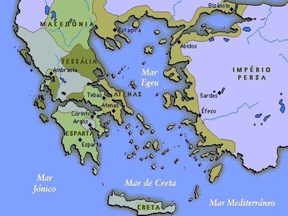 ESPARTA •Localizada na península do Peloponeso.Sem montanhas e sem saída para o mar.
