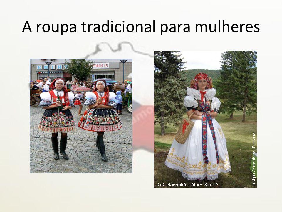 A roupa tradicional para mulheres