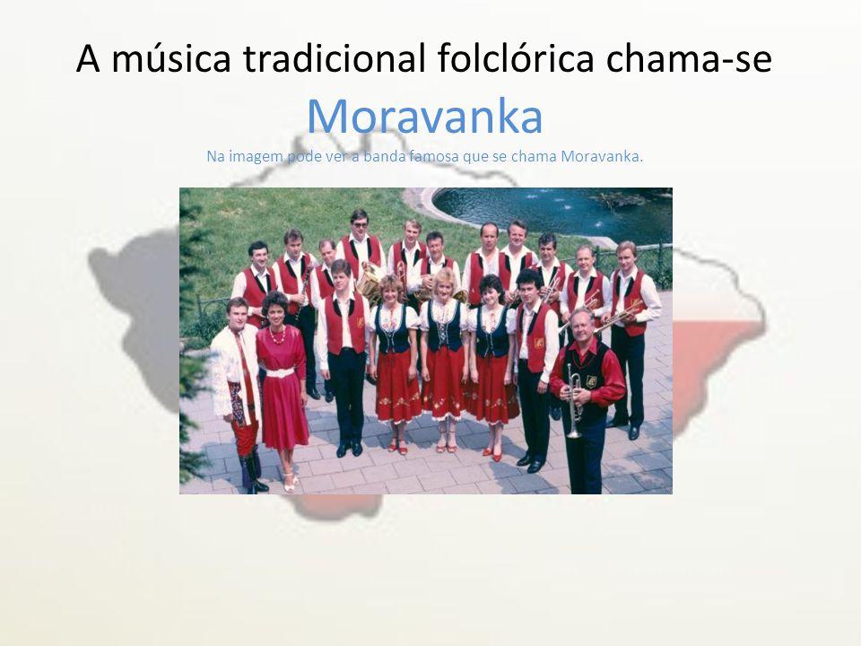 Vídeo sobre a dança tradicional https://www.youtube.com/watch?v=BxARruPq-c4
