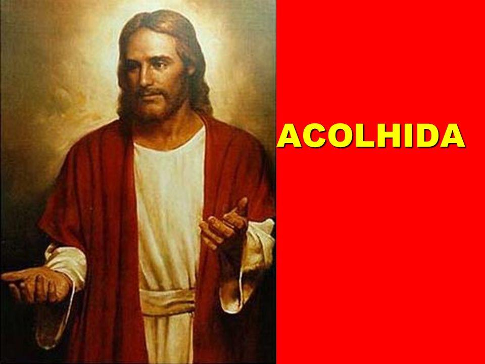 Desde o nascimento da Igreja, é ele quem dá a todos os povos Oração Eucarística