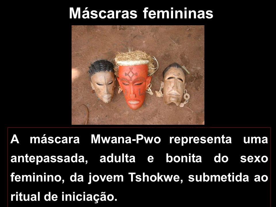 Máscara de dança Ngulu Museu Nacional de Antropologia, Lisboa
