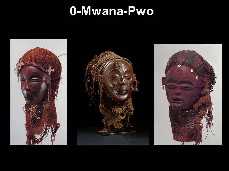 Máscaras femininas A máscara Mwana-Pwo representa uma antepassada, adulta e bonita do sexo feminino, da jovem Tshokwe, submetida ao ritual de iniciaçã