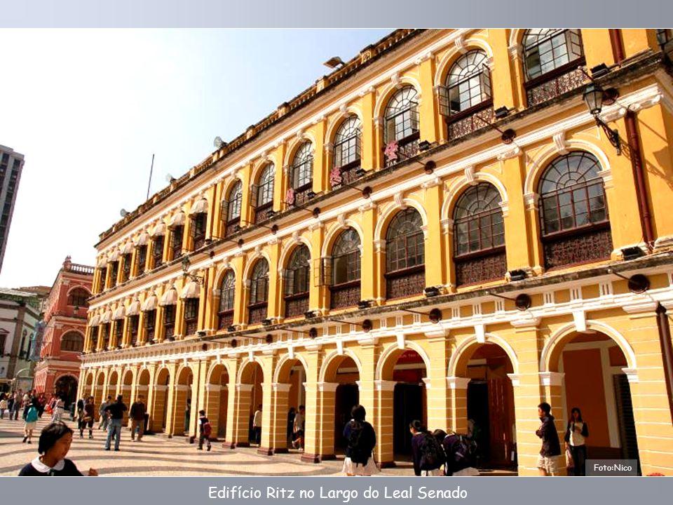 Leal Senado.A estrutura original foi construída em 1784, a reconstrução ocorreu em 1874.