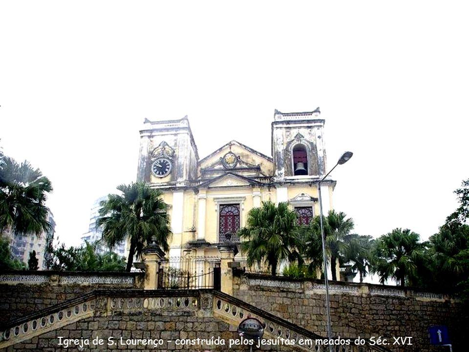 Altar na Igreja S. José Foto:Nico