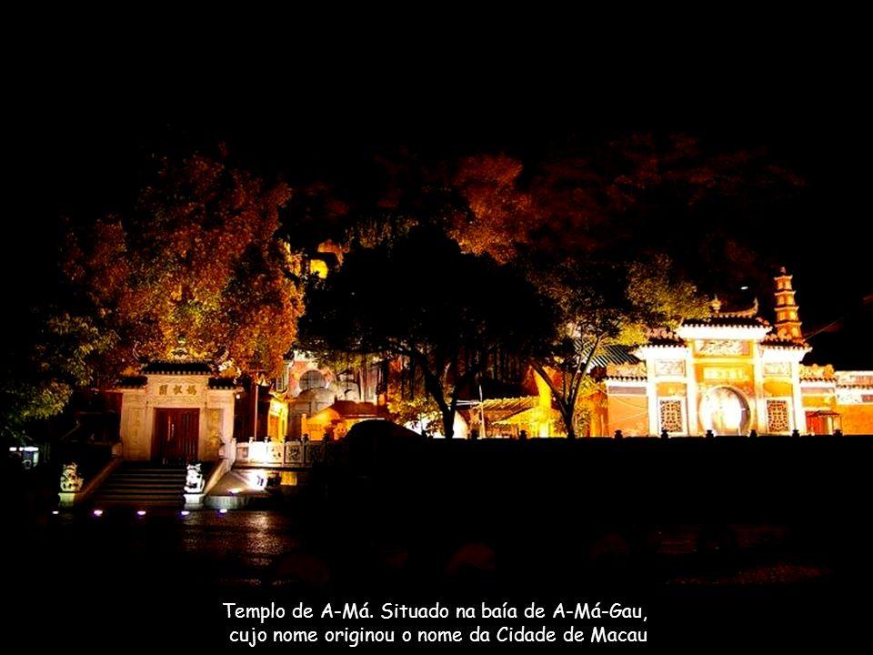 Templo de A-Má.Fundado no Séc.