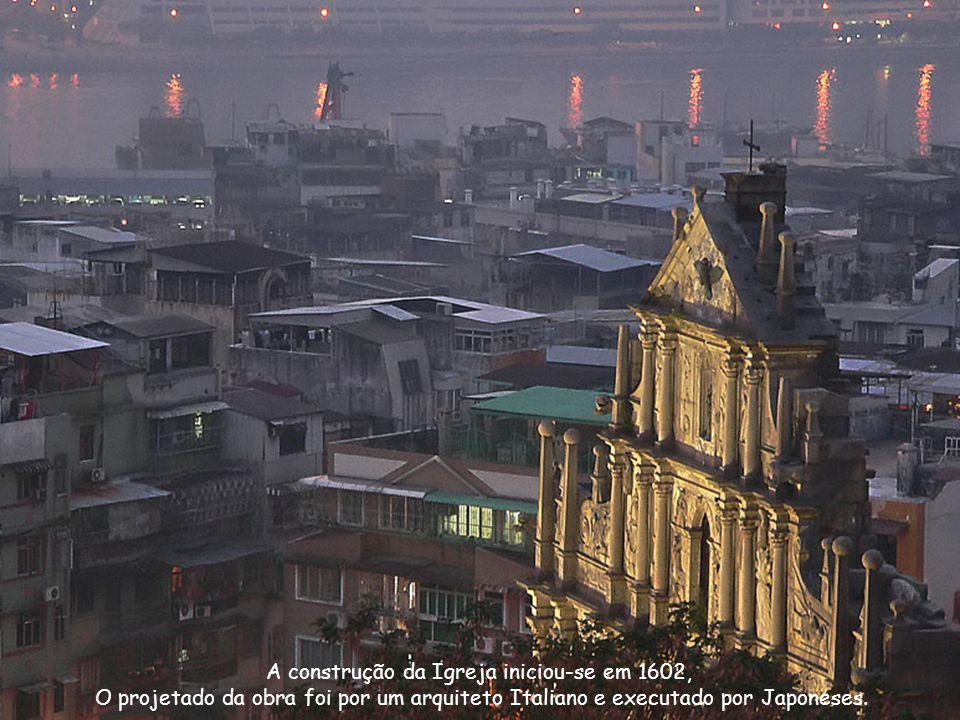 A construção da Igreja iniciou-se em 1602, O projetado da obra foi por um arquiteto Italiano e executado por Japoneses.