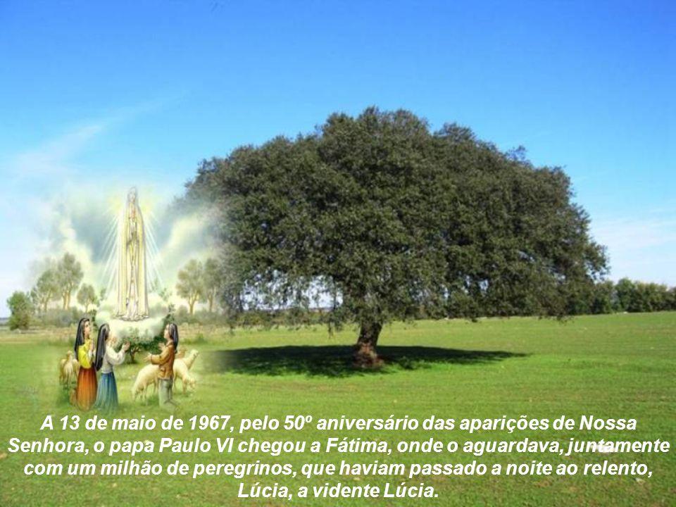 Ao constatar-se o início da 2ª guerra mundial, os cristãos lembraram-se da mensagem de Fátima. Em 1946, na presença do cardeal legado, no meio de uma