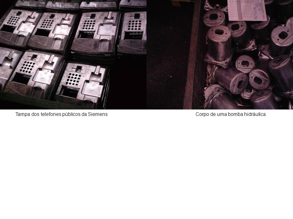 Tampa dos telefones públicos da SiemensCorpo de uma bomba hidráulica