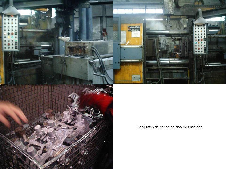 O processo utiliza água.Não há problema que a peça é de alumínio.
