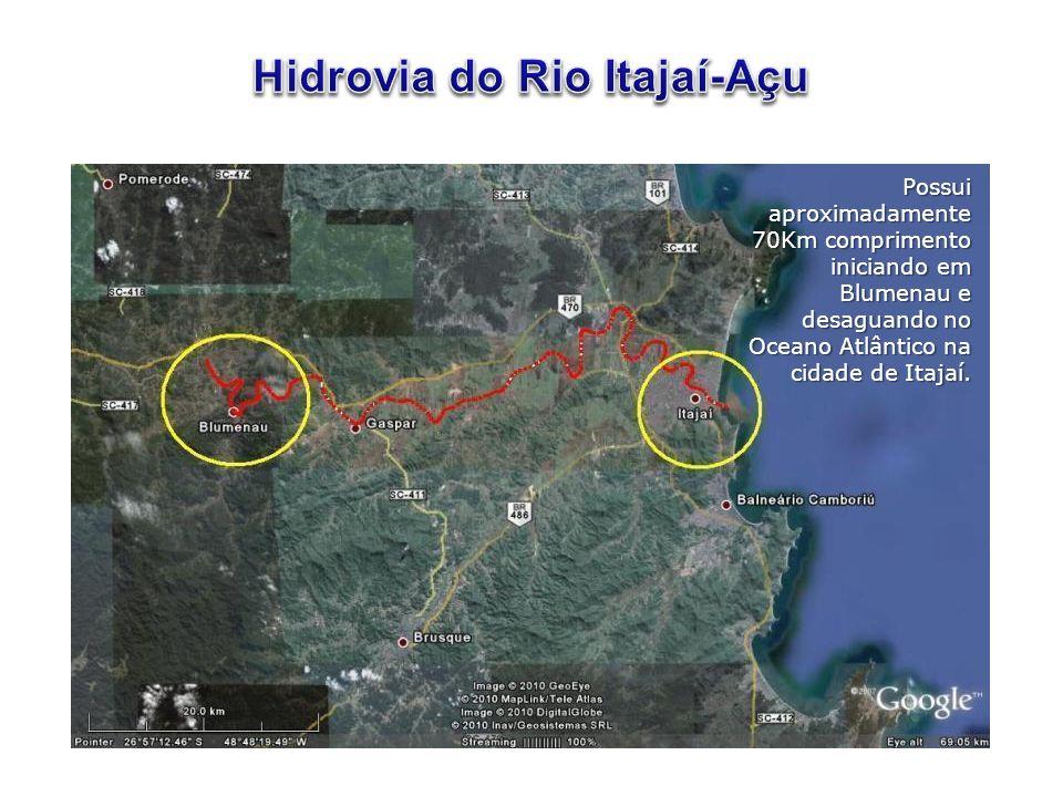 Possui aproximadamente 70Km comprimento iniciando em Blumenau e desaguando no Oceano Atlântico na cidade de Itajaí.
