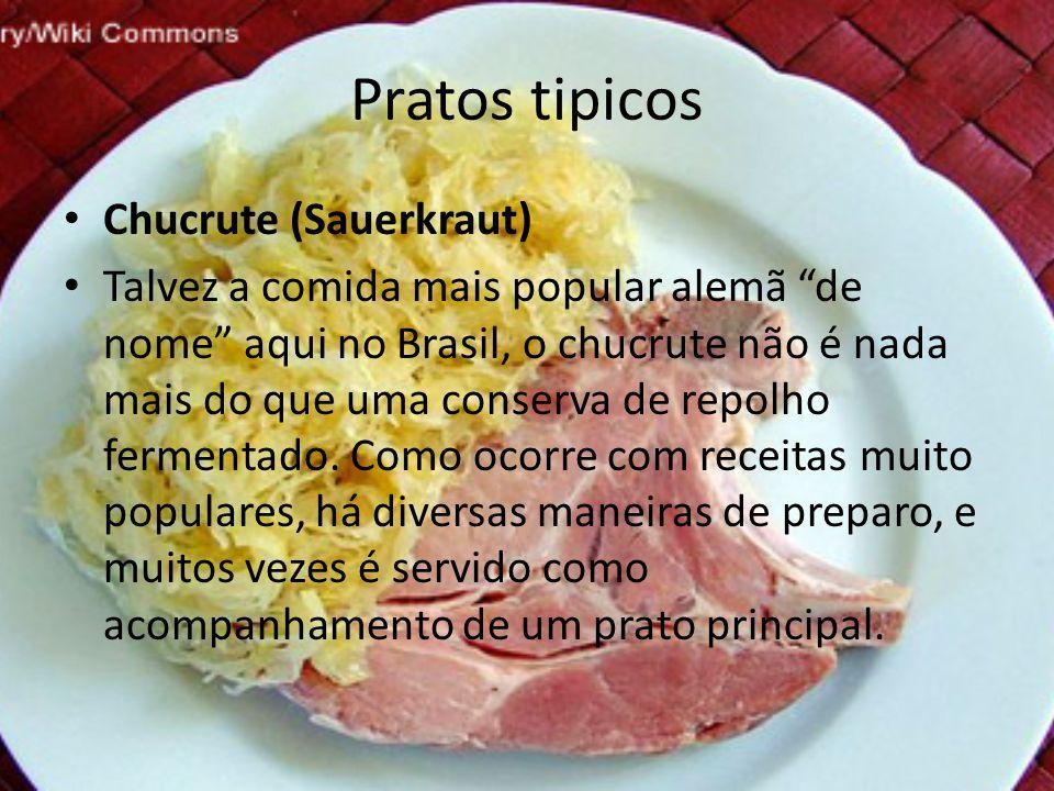 """Pratos tipicos • Chucrute (Sauerkraut) • Talvez a comida mais popular alemã """"de nome"""" aqui no Brasil, o chucrute não é nada mais do que uma conserva d"""